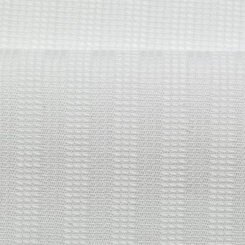 ドビー 織り糸で柄を出す、変わり織りの1種で、ドビー織機で織ったもの。 柄に光沢が出て素材感・高級感のある生地ができる。