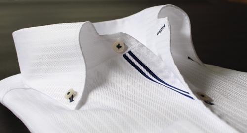 イタリアンカラー白シャツ