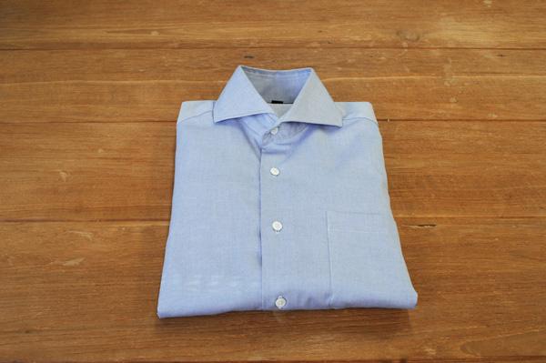 ワイシャツのたたみ方12:仕上がりを正面から見た図