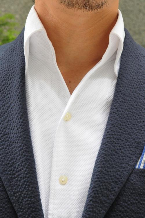 オジエ シアサッカーのスーツに合わせるおすすめシャツ からみ織りシャツ