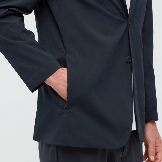 ユニクロ・感動ジャケット・サイドポケット